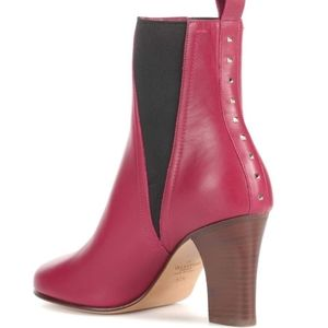 NTW$1245 Valentino Garavani Rockstud Ankle Boots